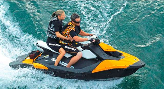 Wasserscooter Vermietung Ibiza